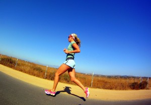 woman long distance running