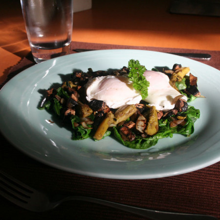 Poached eggs on a bed of spinach, asparagus, bacon and mushrooms 1