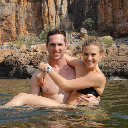 Eat Pray Workout Australia top health blogger Amy Darcy and Rees canoeing in Katherine River Nitmiluk Kakadu Top End Northern Territory