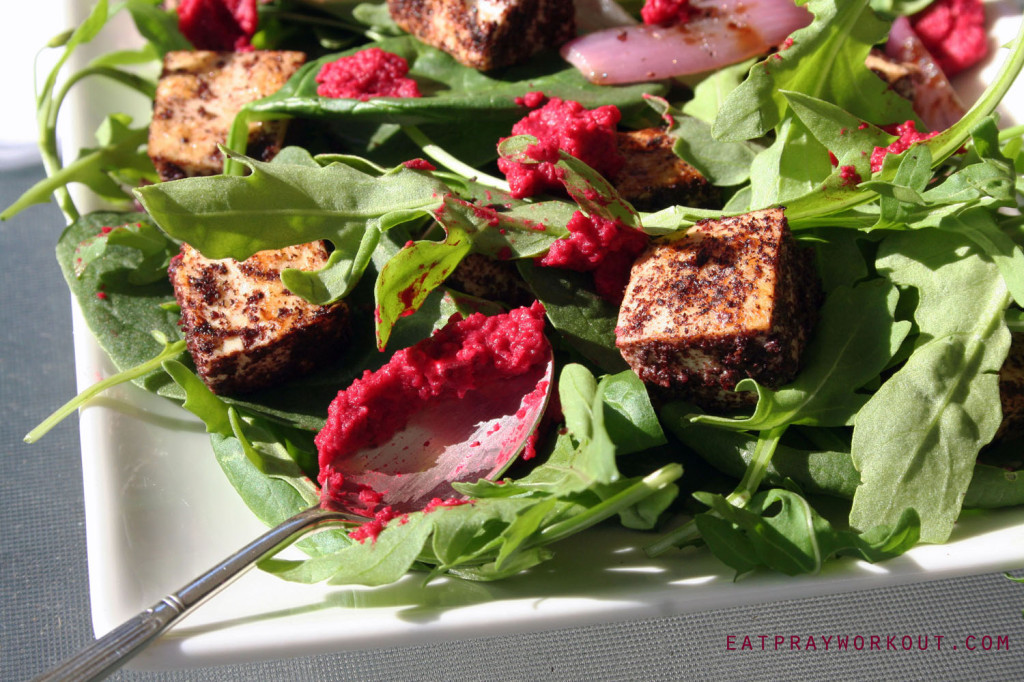 tofu salad with beetroot hommus 02