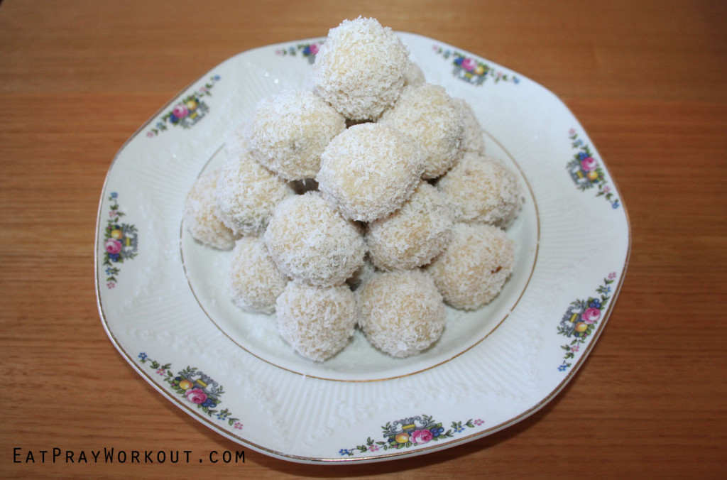 vanilla protein balls with fig and peanut butter eat pray workout