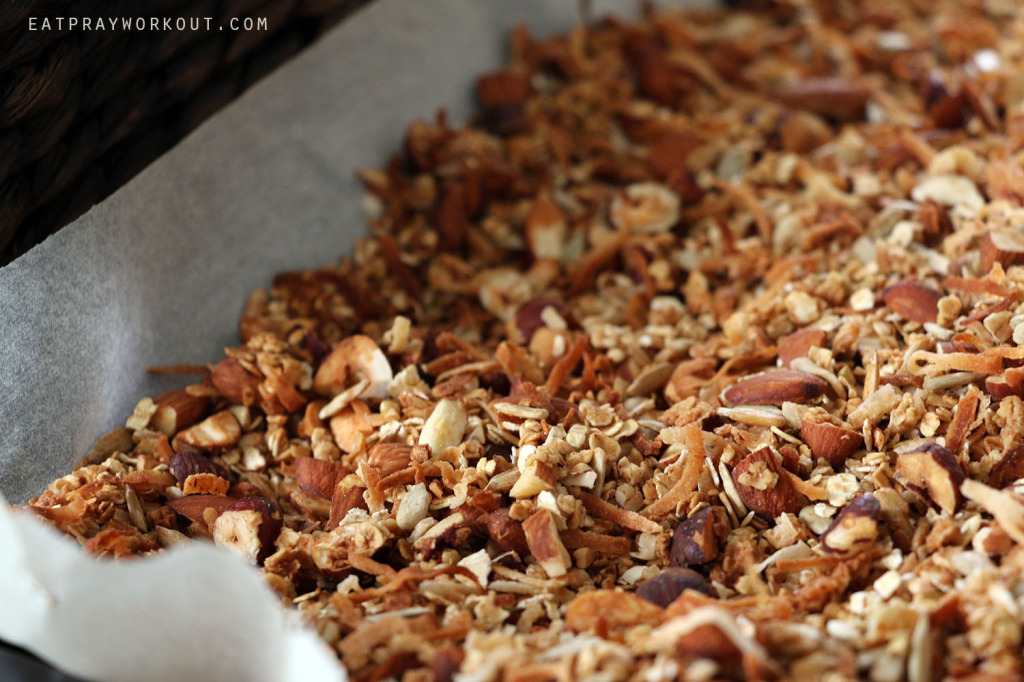 Healthy Granola recipe Eat Pray Workout Christmas