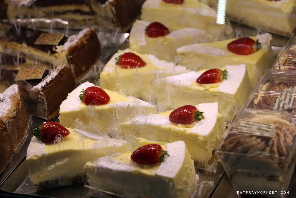 IMG_377Eat Pray Workout Brunetti Melbourne CBD cheesecake