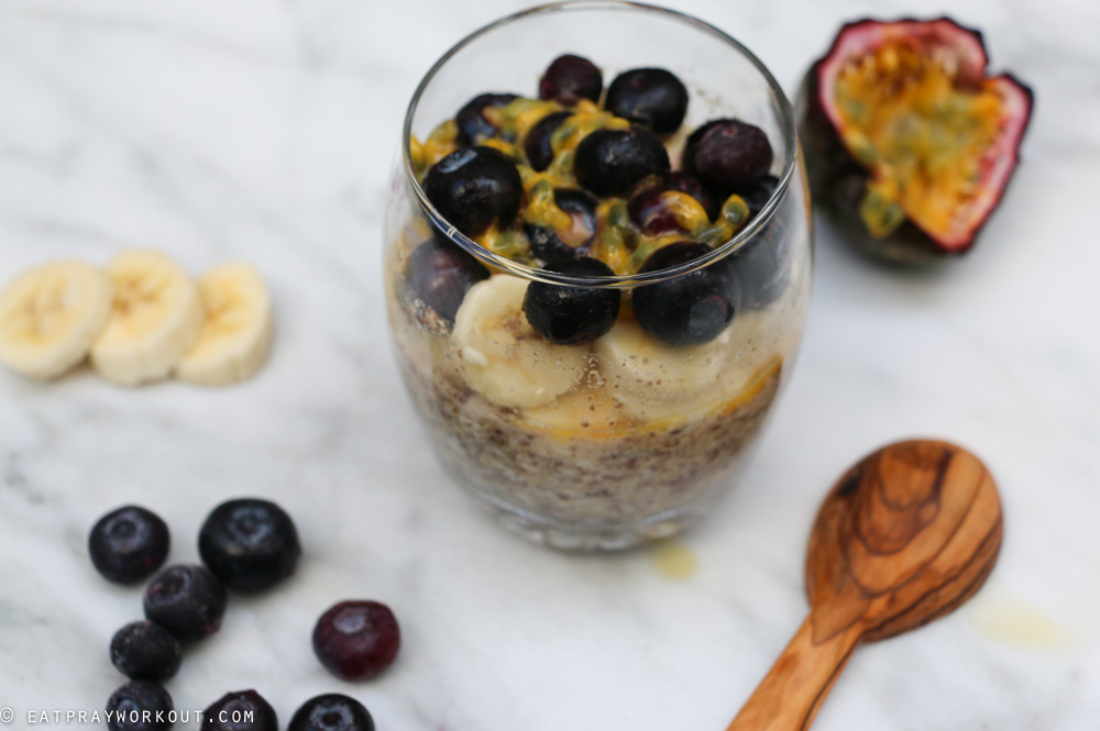 LSA Overnight Oats with Banana blueberry and passionfruit-2