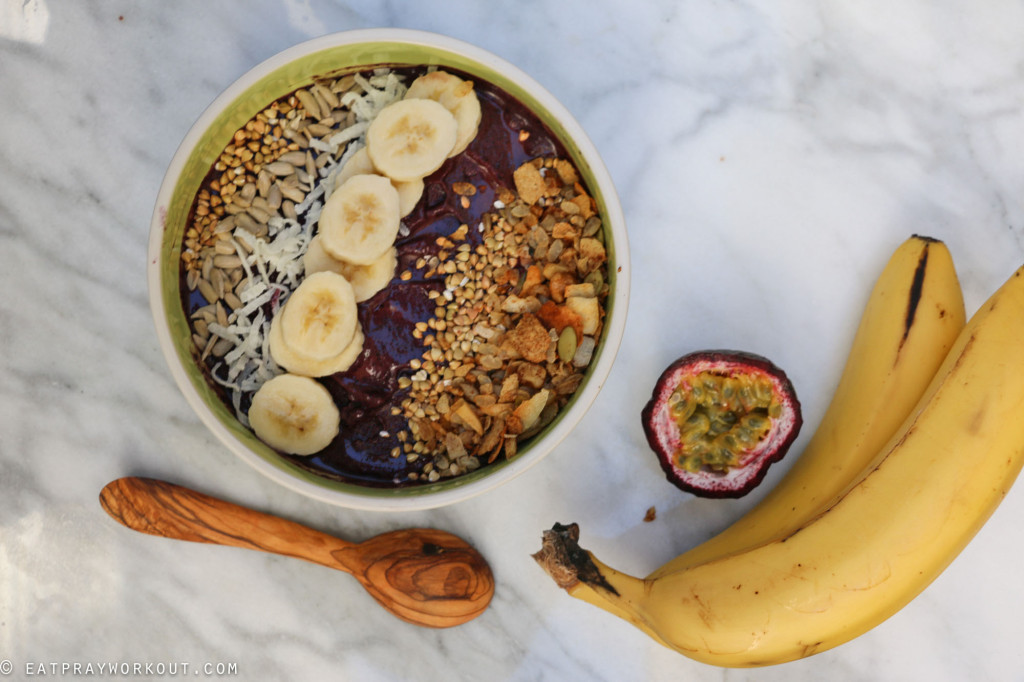 Acai Bowl and Granola recipe Eat Pray Workout-3