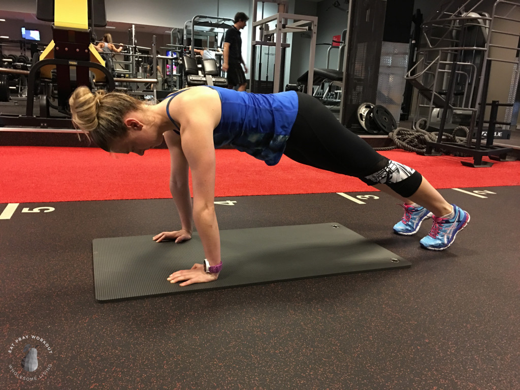 Session 4 Butt, hamstrings and obliques circuit Eat Pray Workout_-14