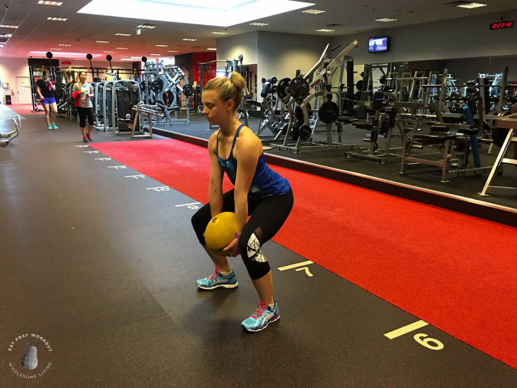 Session 4 Butt, hamstrings and obliques circuit Eat Pray Workout_-23