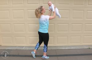 Amy Darcy Australia top health blogger from Eat Pray Workout exercise mum bub home workout