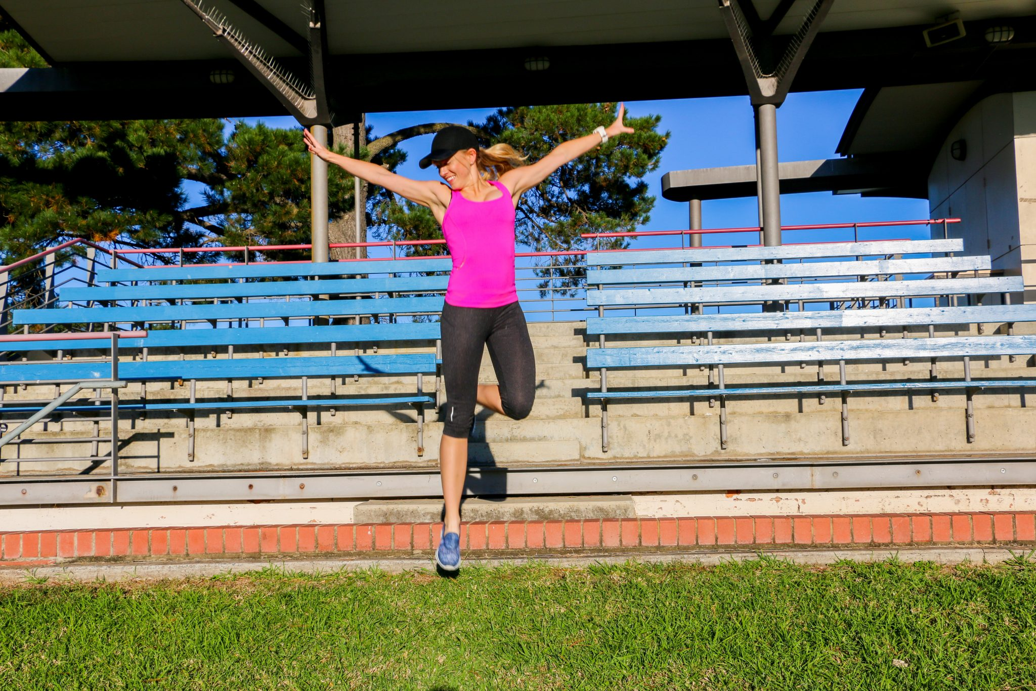 Amy Darcy Australia top health blogger exercising and running on stairs