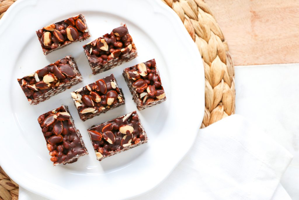 healthy mars bar slice recipe chocolate, rice puffs, peanuts, coconut oil