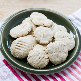fodmap friendly chai spiced shortbread biscuits