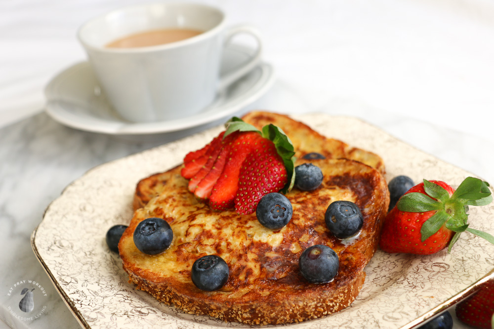 low GI breakfast recipes for families - healthy gluten free French toast with strawberries, blueberries and maple syrup