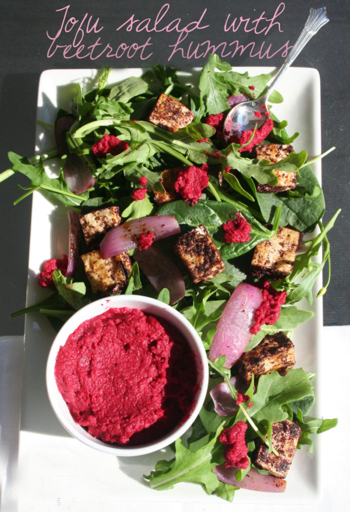 Tofu salad with beetroot hummus