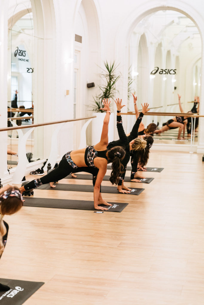 confidence to wear a crop top - sydney health and fitness bloggers asics x liberty barre class