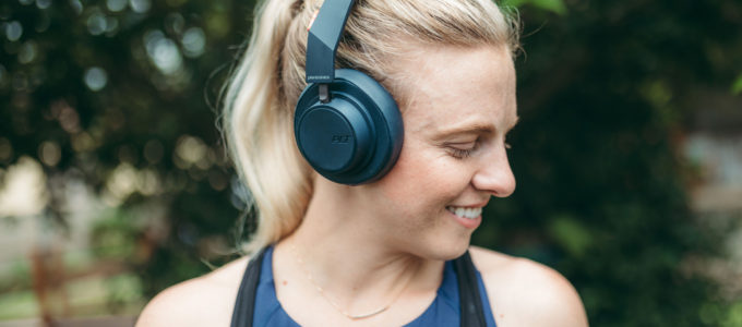 My 2019 Workout / Running Playlist + WIN 1 of 2 Plantronics headphones