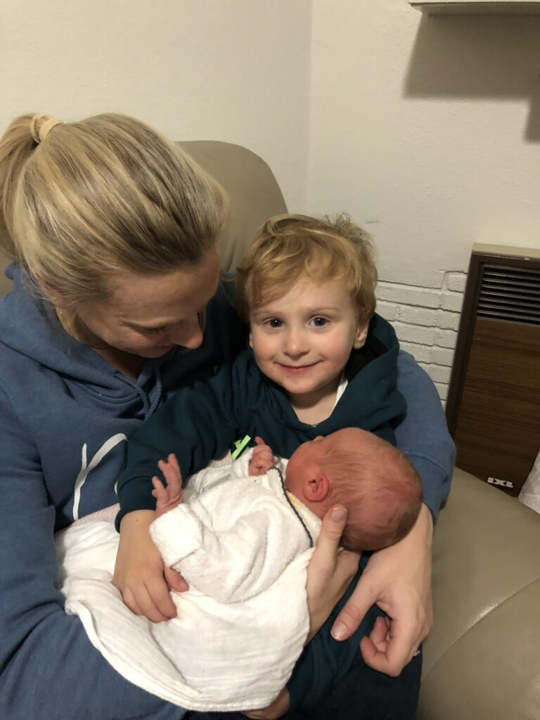 Brother Finn, Baby Aria and mum. Amy Darcy labour story & the birth of Aria Olive
