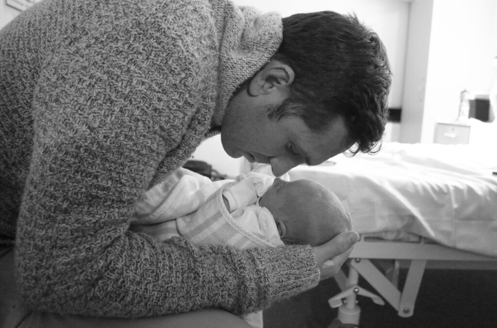 Reis and Finn Darcy Eat Pray Workout private or public hospital for birth in Australia